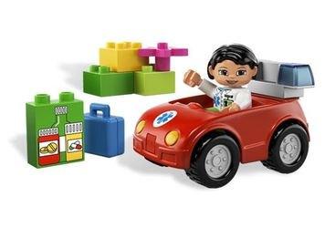 Фото 5793 Машина медсестры (конструктор Lego Duplo)