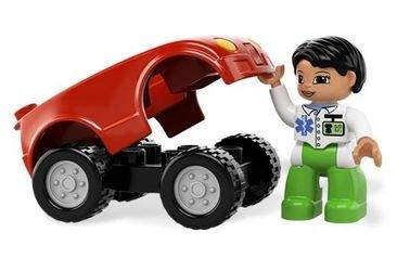 5793 Машина медсестры (конструктор Lego Duplo) фотография 4