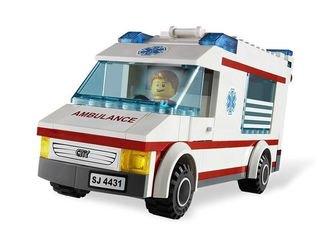 4431  Машина скорой помощи (конструктор Lego City) фотография 3