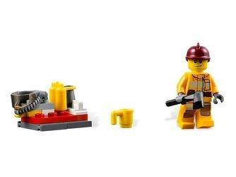 4208 Пожарный внедорожник (конструктор Lego City) фотография 5