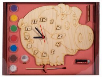 Фото Часы деревянные под роспись Поросенок с красками (8029)