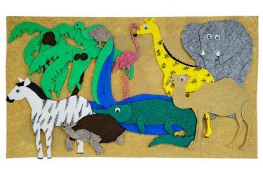 Фото Набор фигурок из ковролина Животные жарких стран с полем (LIP1013)