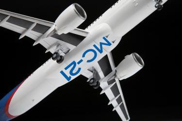 Сборная модель Пассажирский Авиалайнер МС-21-300 (7033) фотография 4