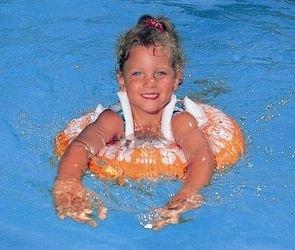 Надувной круг для плавания SWIMTRAINER оранжевый фотография 5