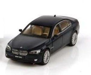 Фото Игрушечная модель BMW 760 (БМВ 760) 1:32 со звуком и светом (870120)