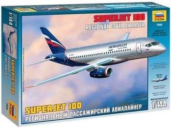Фото Сборная модель Региональный пассажирский авиалайнер Superjet 100 (7009)