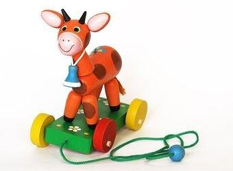 Фото Игрушка каталка деревянная на веревочке Бычок (С32)