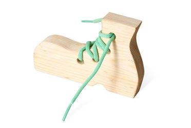 Фото Шнуровка деревянная Ботинок (7730)