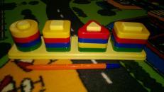 Фотография Развивающая игрушка сортер Цветные столбики предоставлена покупателем